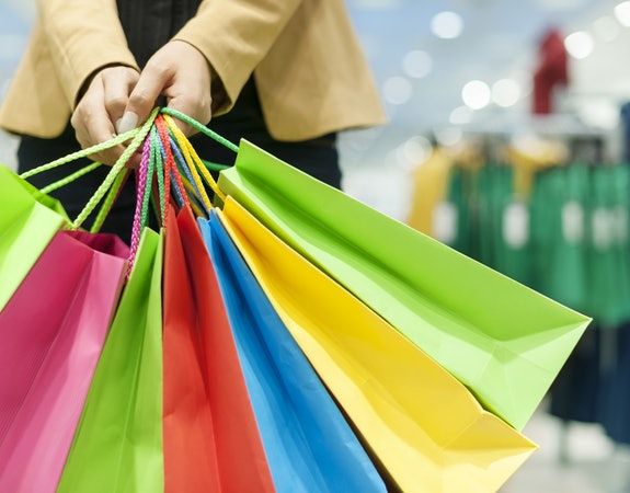 The Best Ways to Find a Sale and Shop Like a Pro