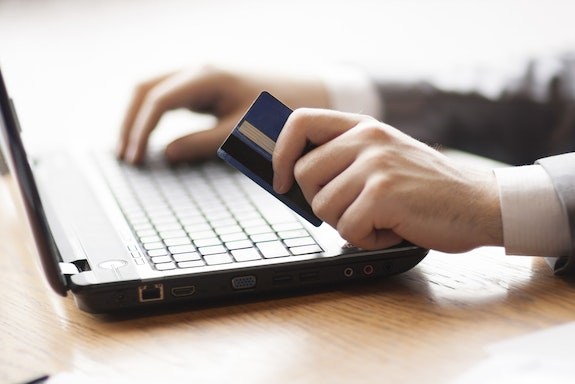 10 Tips for Becoming a Savvy Online Shopper
